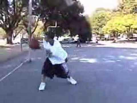 Молодые баскетболисты