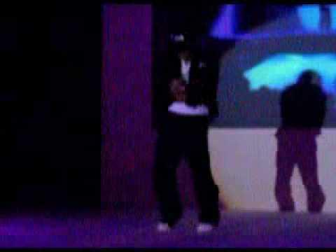 Aaron Kwok really cool dance