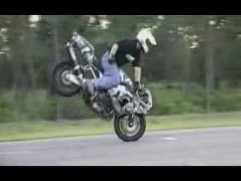 motorbikes freestyle