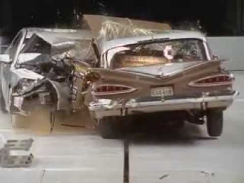 Crashtest Chevrolet Malibu 2009 gegen Chevrolet Bel Air 1959