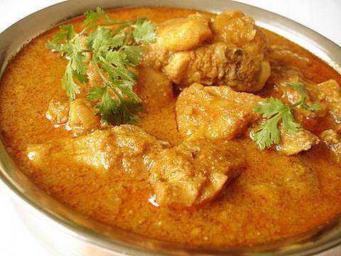 VIDEO RECIPE - CHICKEN CURRY